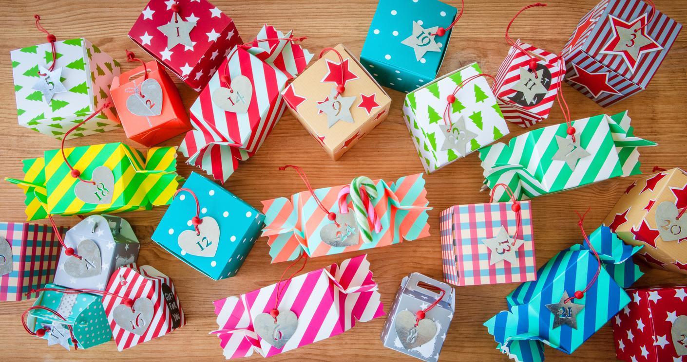 Adventskalender befüllen: Ideen für kleine Geschenke